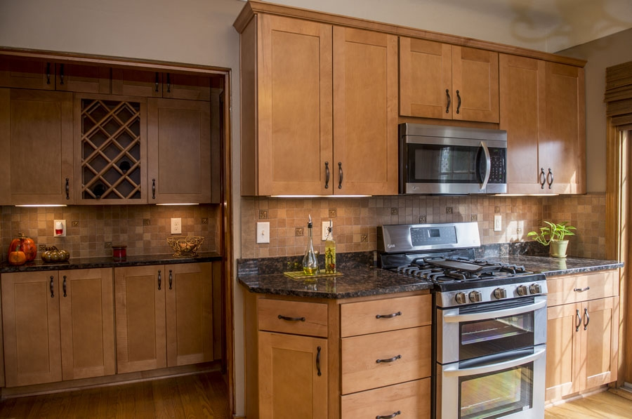 Custom Kitchen Cabinet Design